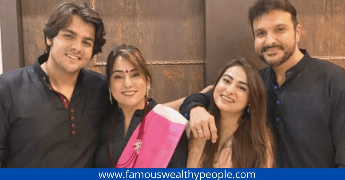 Ashish Chanchlani Family